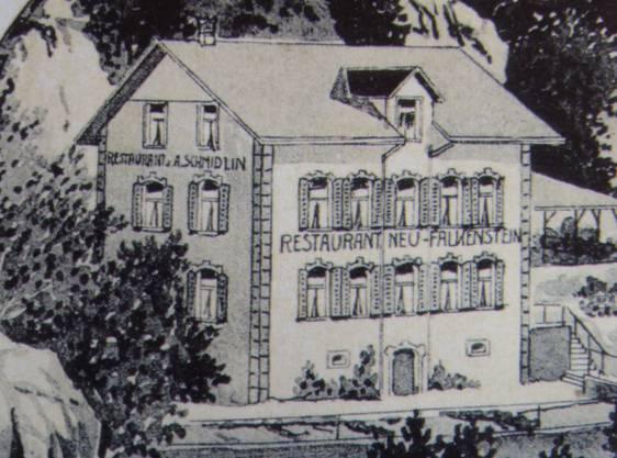 Das Restaurant oberhalb der Mauer brannte 1942 nieder.