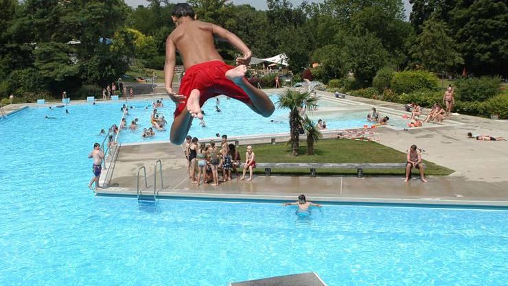 Das Gartenbad in Reinach wird nicht durch eine Schwimmhalle ergänzt.