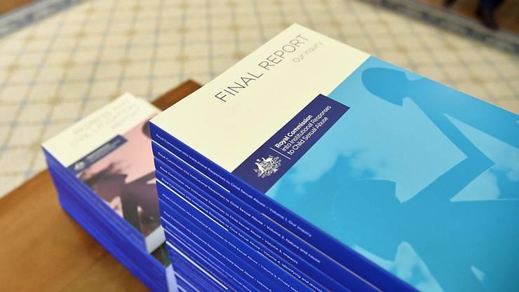 Der Schlussbericht zum Kindesmissbrauch in kirchlichen und staatlichen Institutionen Australiens liegt seit Freitag vor.
