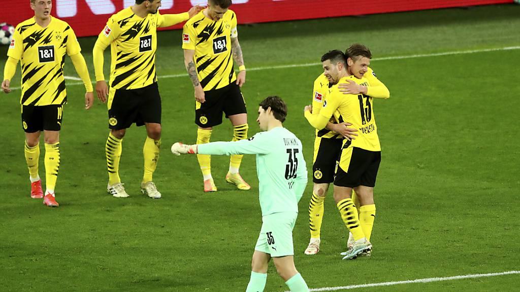 Dortmund bleibt im Rennen um die Champions League