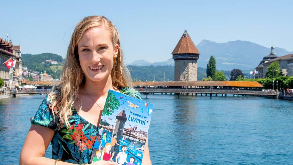 Wimmelbuch für Kinder: Hier hat die Swissporarena ein Schwimmbad