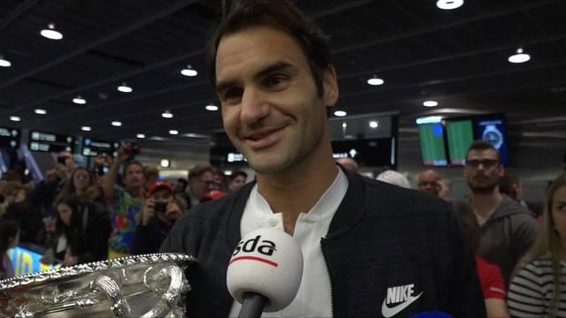 Roger Federer nach seinem Sieg in Melbourne zurück in der Schweiz