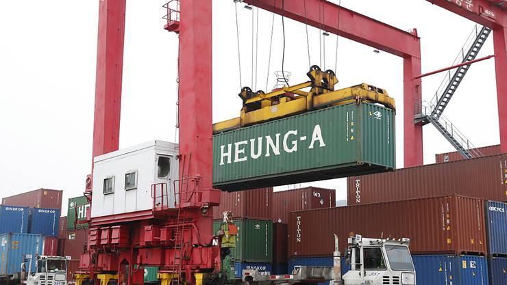 Das US-Defizit im Handel mit China ist im Juni gewachsen. (Archiv)