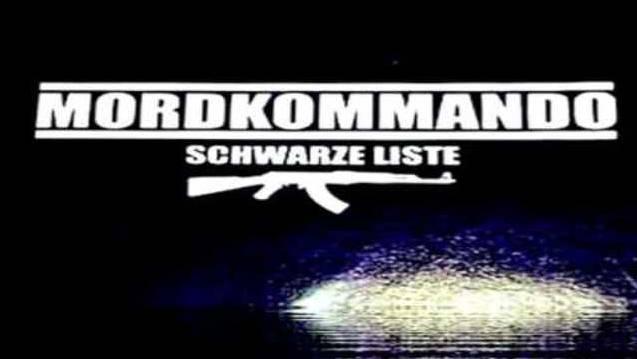 In den Liedern auf dem Album Schwarze Liste droht die Neonazi-Band Mordkommando einigen Schweizern mit dem Tod.