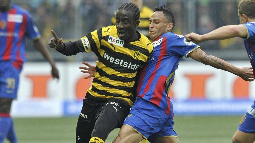 Seydou Doumbia als YB-Wespe in der Saison 2009/10