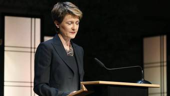Bittet ehemalige Verdingkinder um Entschuldigung: Bundesrätin Sommaruga in Bern