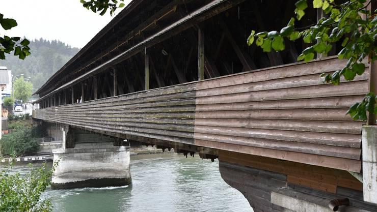 Die alte Holzbrücke zwischen Fulenbach und Murgenthal.