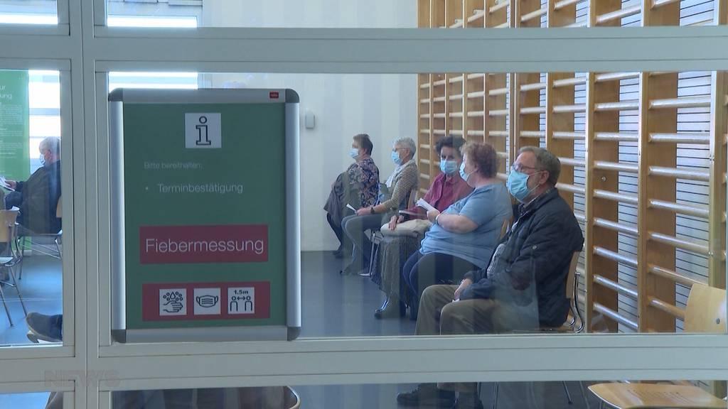 Berner holen auf: Kanton will 10'000 Impfdosen pro Tag verimpfen