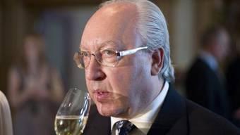 Urs E. Schwarzenbach bekommt eine saftige Rechnung vom Finanzamt.