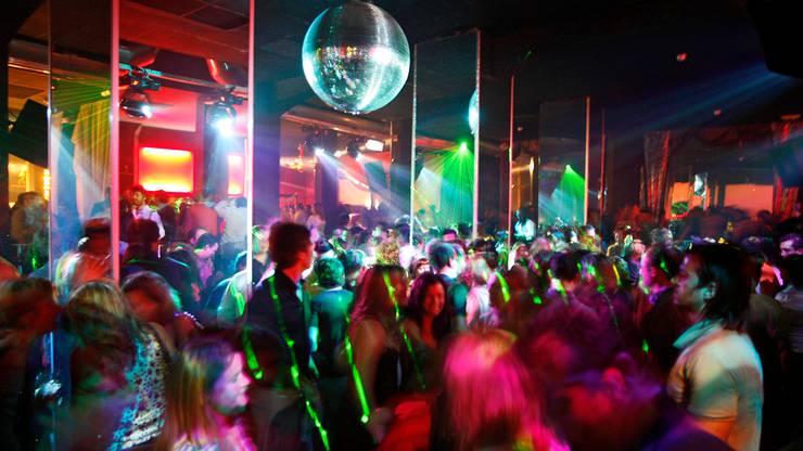 Clubs und Bars im Aargau müssen ihre Besucherzahl reduzieren.