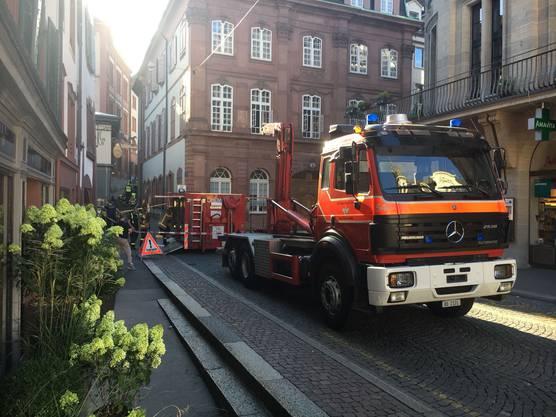 Feuerwehr, Chemiewehr, Polizei waren vor Ort.