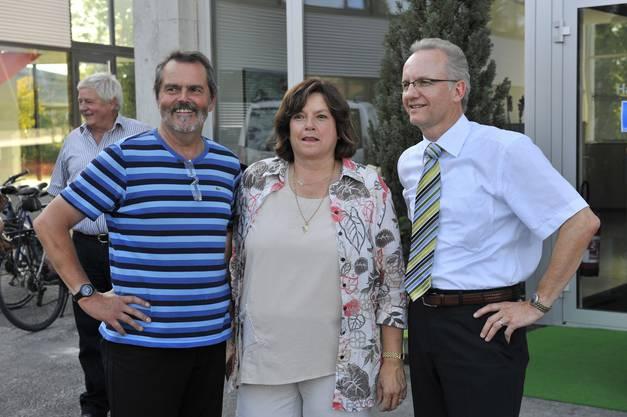 Roger und Marlies Saudan mit Biberists gemeindepräsident Martin Blaser 2009