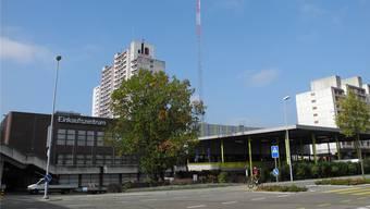 Seit Oktober 2018 stehen die Bauprofile für den Liebrüti Domus. Spätestens Anfang des nächsten Jahres so.ll der Baustart erfolgen