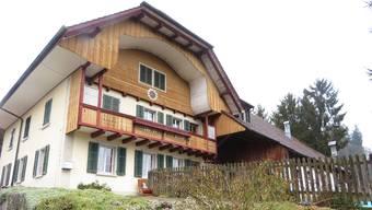 Seit dem 31. März steht der Paradieshof leer. Nun sollen die beiden Wohnungen vermietet werden.
