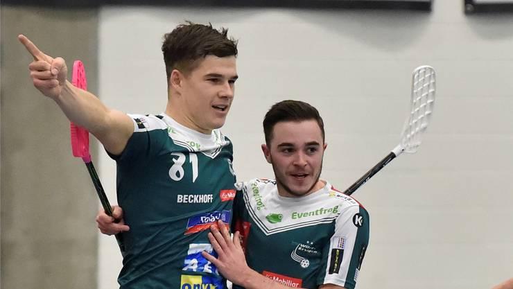 Wiler-Ersigens Stürmer Philipp Affolter (links) und der aktuell angeschlagene Topskorer des Teams, Deny Känzig.