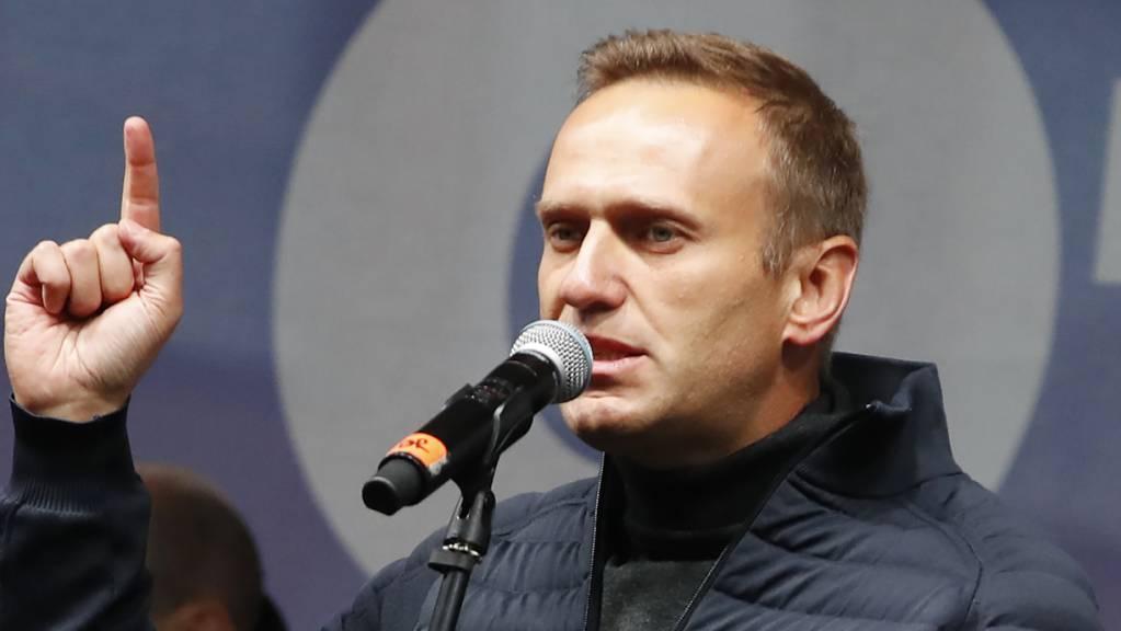 Der russische Oppositionelle Alexei Nawalny erhebt heftige Vorwürfe gegen die schweizerische Bundesanwaltschaft. (Archivbild)