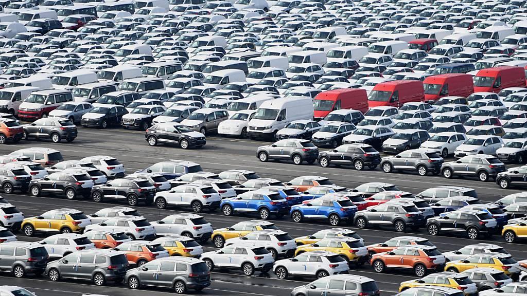 Volkswagen-Konzern schafft es bei Verkäufen im Juli fast ins Plus