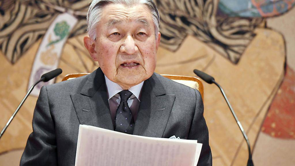 Mit einer emotionalen Ansprache hat sich der japanische Kaiser Akihito von seinen Untertanen verabschiedet - im kommenden Mai überlässt er den Thron seinem Sohn Naruhito.