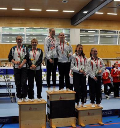 Maja Frey und Jara Huber auf dem zweiten Platz