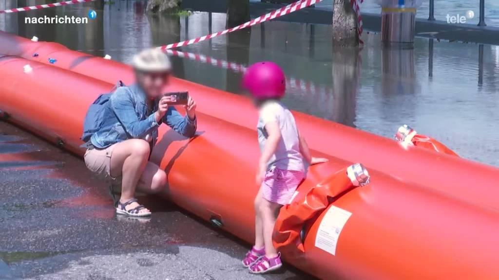 Hochwasser lockt noch immer viele Schaulustige an
