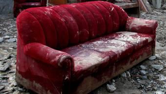 In Weil am Rhein wurde ein Sofa in Brand gesteckt. (Symbolbild)
