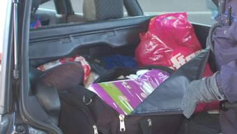 Prall gefüllter Kofferraum: Die Litauer hatten Waren im Wer von 1'200 Franken geladen. (Symbolbild)