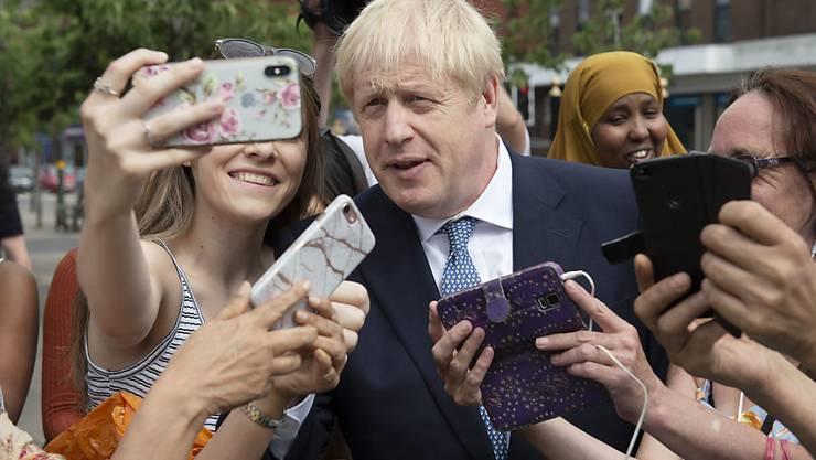 Grossbritanniens neuer Premierminister Boris Johnson stellt am heutigen Samstag sein Regierungsprogramm vor - er schloss aber Neuwahlen bereits aus. (Archivbild)