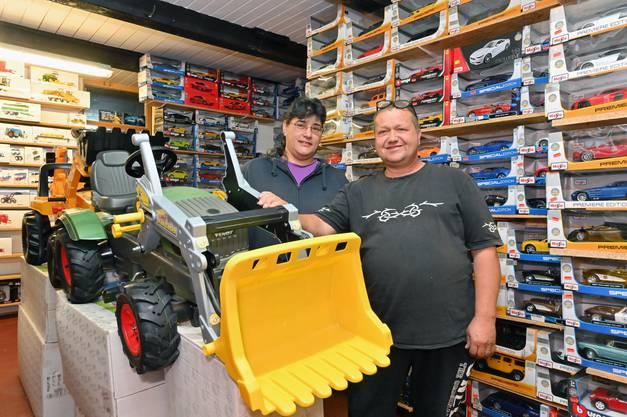 Myriam und Daniel Wiederkehr - Wtech Modellspielzeugladen Hauenstein