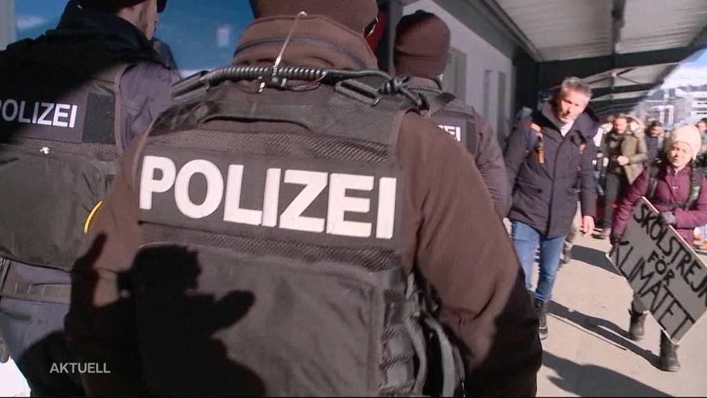 Zu wenig Polizistinnen und Polizisten im Aargau?