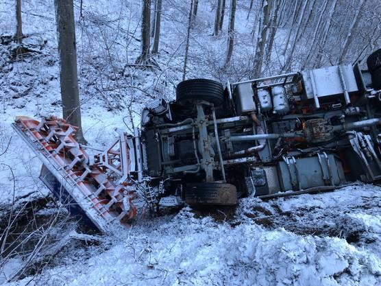 Der Unfall zog eine aufwändige Bergung nach sich.