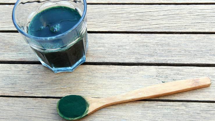 Spirulina, ein Nahrungsergänzungsmittel aus Mikroalgen.