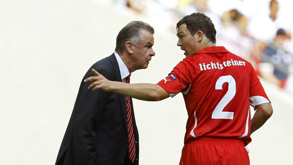 Der ehemalige Nationalcoach Ottmar Hitzfeld und der frühere Captain Stephan Lichtsteiner loben die Schweizer Nationalmannschaft für deren Coup gegen den Weltmeister Frankreich