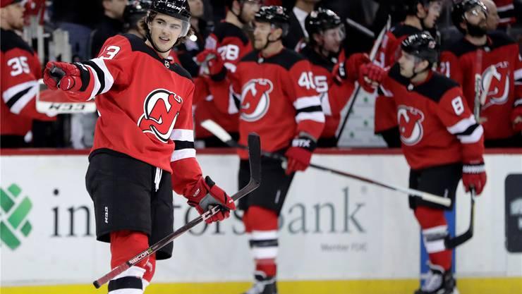 Der Walliser Nummer-1-Draft Nico Hischier überzeugt in der NHL.