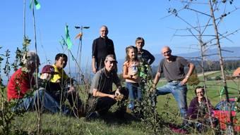 100 Sträucher gepflanzt am Aktionstag der «Biezwiesel»