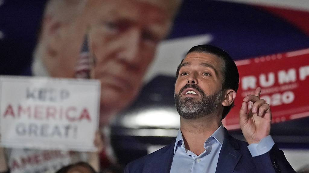 Trumps Sohn Donald positiv auf das Coronavirus getestet