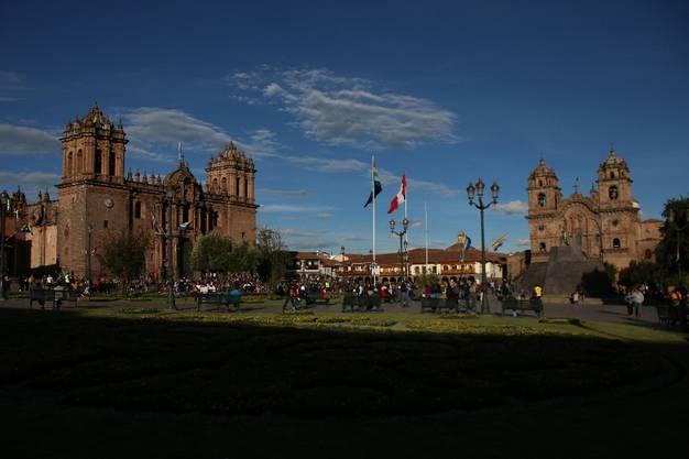 Der Plaza de Armas in Cusco beeindruckt mit seinen Kolonialbautenn