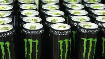 Gehören zu Coca Cola: Monster Energy Drinks.