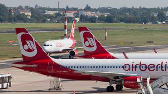 Air Berlin kann vorerst weiterfliegen, bis ein Käufer gefunden wird. (Archivbild)