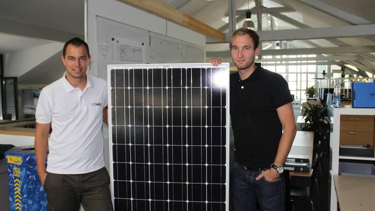 """Die Firma Helion Solar, Lohn- Ammansegg, grösster Solaranbieter der Region Solothurn, erhielt den Auftrag für das grösste Solarkraftwerk der Schweiz. """"Es wird in der Region Bern gebaut, mehr darf ich zurzeit nicht sagen"""", meint Heynen. Mit weiteren Informationen sei im August zu rechnen."""