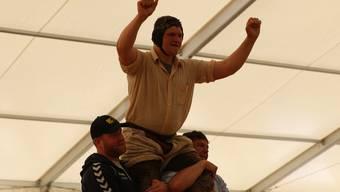 Nick Alpiger gewinnt das Baselstädtische Schwingfest (Archivbild).