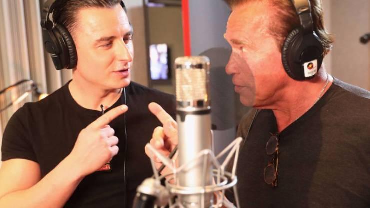 Zwei Österreicher in Los Angeles: Andreas Gabalier und Arnold Schwarzenegger nehmen in der Wahlheimat des Ex-Schauspielers den gemeinsamen Song auf. (Pressebild)