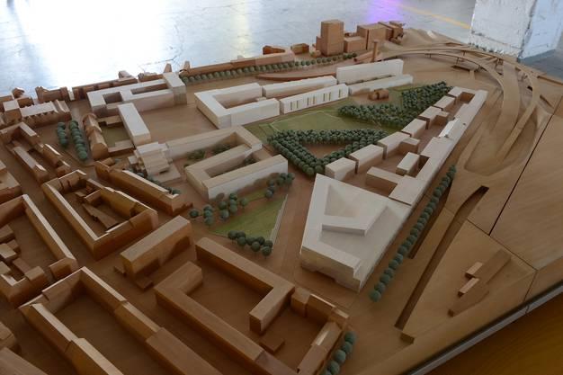 Das Modell zeigt links im Bild die Siedlung von Erlenmatt-West und rechts die Bauten von Erlenmatt-Ost.
