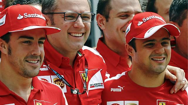 Felipe Massa führt das Klassement knapp vor Kimi Räikkönen an