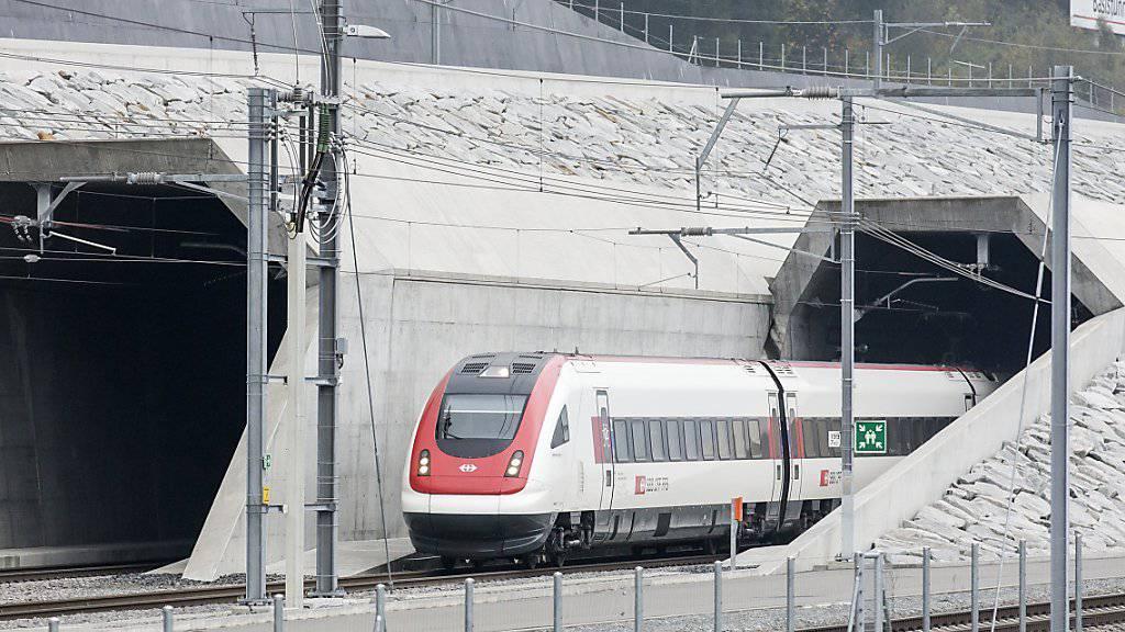 Der Probebetrieb im Gotthard-Basistunnel ist am Montag erfolgreich verlaufen. (Archivbild)
