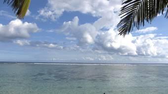 An vielen Stränden von La Réunion gilt Badeverbot (Archiv)