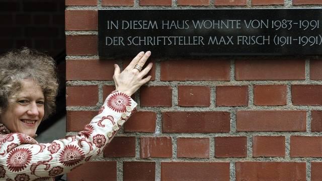 Corine Mauch und die Gedenktafel für Max Frisch