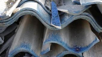 Asbesthaltige Eternitplatten, die aus dem Verkehr gezogen wurden