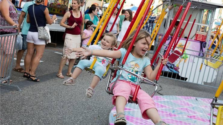 Ein Kettenflieger für Kinder sorgte in Hägendorf für herzhaftes Kinderlachen.