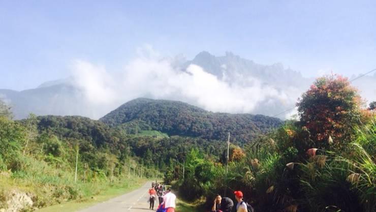 Der Gipfel des Kinabalu - wenige Stünden nach dem Erdbeben (Archiv)