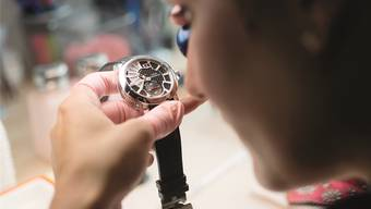 Die wichtigste Warengruppe «Präzisionsinstrumente, Uhren, Bijouterie» legte imm Kanton Solothurn um 5,7 Prozent zu. Das Plus erstaunt, sind doch die Uhrenexporte landesweit um 9,5 Prozent gesunken.